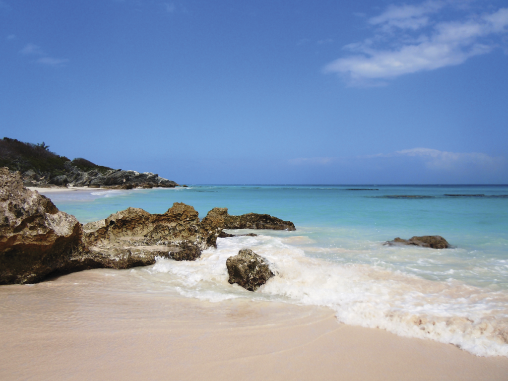 FORTHEBRIDE_Horeseshoe-Bay-Beach-en-Bermudas