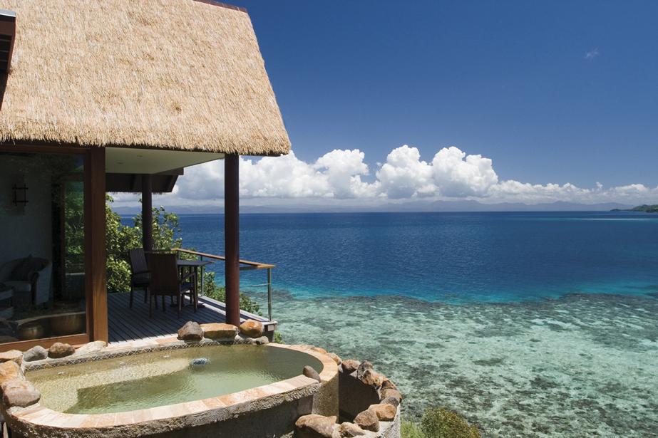 FORTHEBRIDE_Tavarua_Island_Fiji