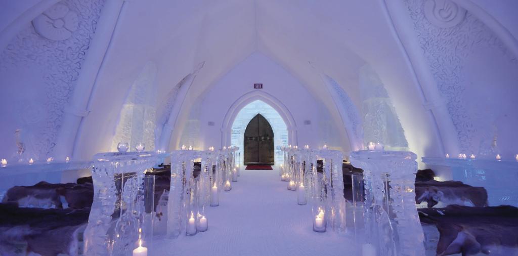 HOTELDESTINATION_De-Glace-Ice-Hotel,-Canadá