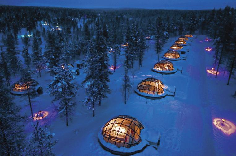 HOTELDESTINATION_Kakslauttanen-Arctic-Resort,-Finlandia